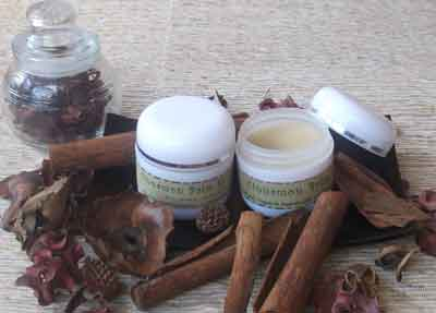 CinnamonBalm BODY OIL DARI LEMON DAN GREEN TEA ANTI OKSIDAN TUBUH