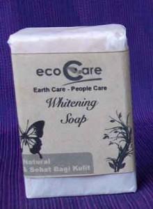 whitening soap 220x300 SABUN PENCERAH ALAMI MENGURANGI PIGMENTASI JERAWAT DAN PENUAAN